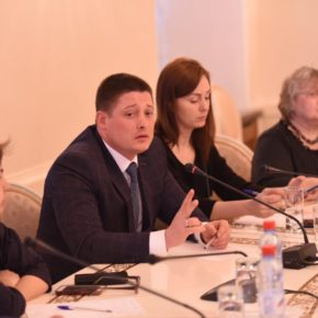 Ильсур Метшин встретился в Ратуше с представителями 21 фонда