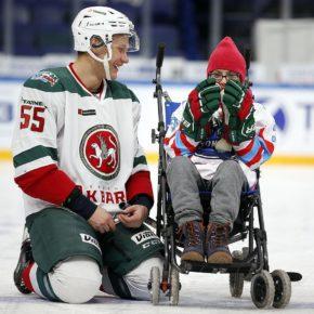 В Казани в третий раз прошел благотворительный матч «Хоккей каждому»  с участием подопечных фонда «День добрых дел»