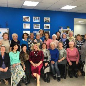 """Фонд """"День добрых дел"""" организовал праздничную встречу  для пожилых людей"""